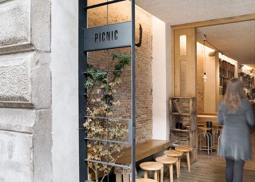 picnic 1 526x375 - 10 Most Instagram-able Bars & Restaurants