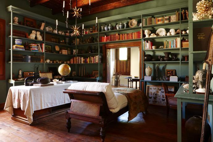 A look inside: Home of Hemehuijs owner Jacques Erasmus 11