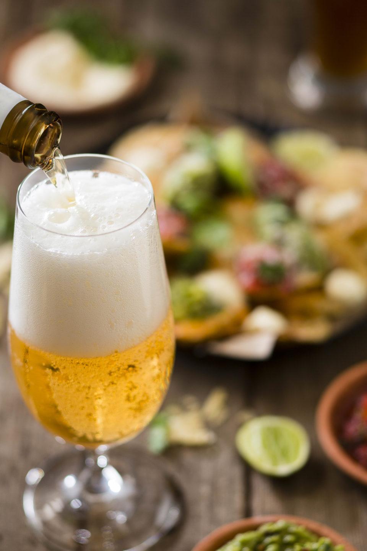 Tuk Tuk Brews & Spiced Nachos, Guacamole, Pico de Gallo & Sour Cream