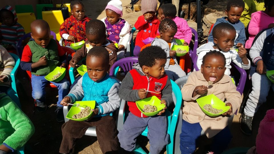 Stop_Hunger_Now_SA_feeds_children_throughout_South_Africa