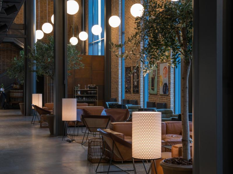 hotel_lobby2_jasonstrong
