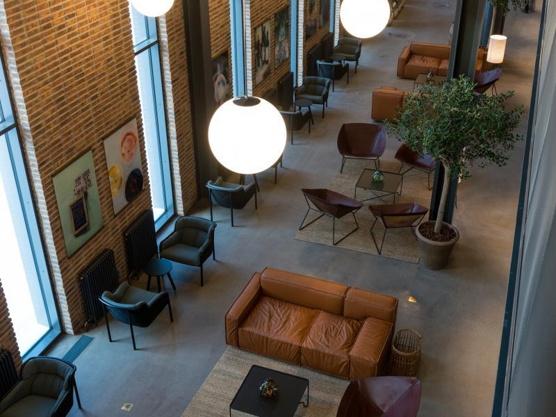 hotel_lobby_jasonstrong