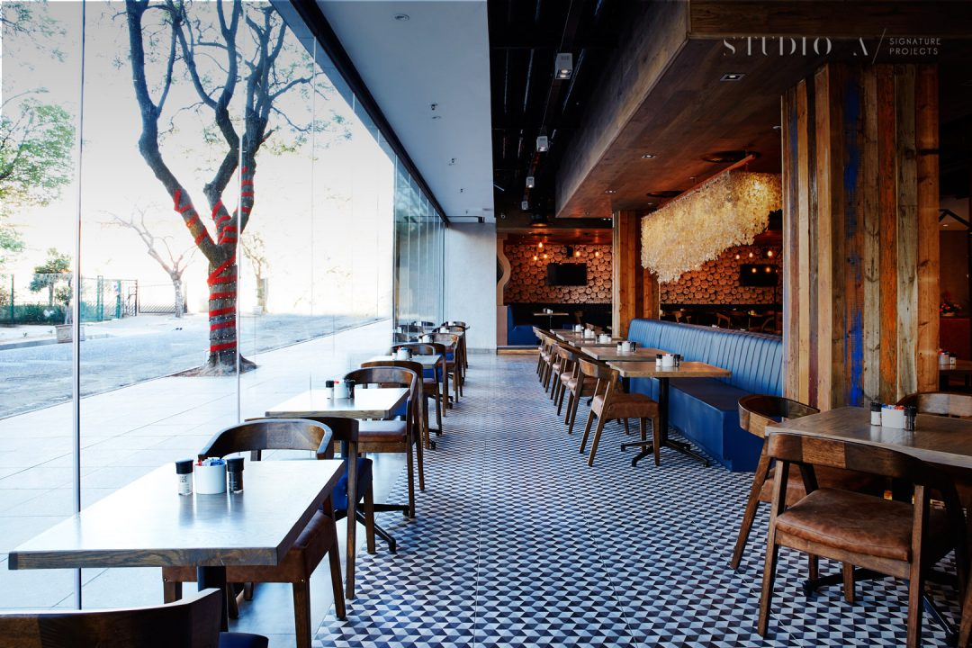 News Cafe Rosebank: Voted most stylish bar in Middle East & Africa 1
