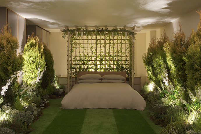 AirBnB Greenery 178 - Book this year's Pantone: Greenery on AirBnB