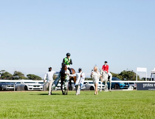Top 10 Looks from L'Ormarins Queens Plate 2017 | HOSPITALITY HEDONIST -SOUTH AFRICAN TRAVEL | FASHION | LIFESTYLE