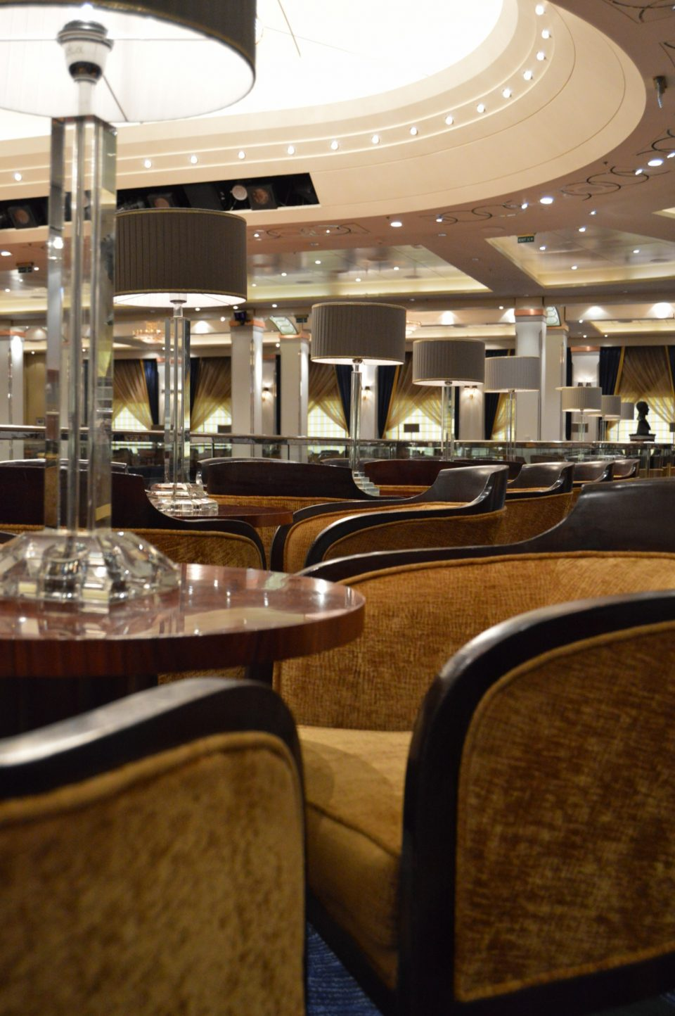 DSC 0073 01 960x1444 - Cruising the Queen Mary 2