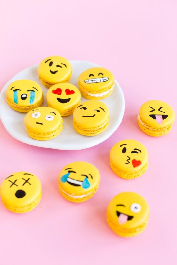 Emoji Macarons 4 600x900 - Wine Crush Wednesday: Moët Rosé Emoëticons