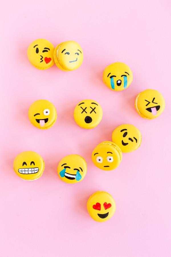 Emoji Macarons 8 600x900 - Wine Crush Wednesday: Moët Rosé Emoëticons