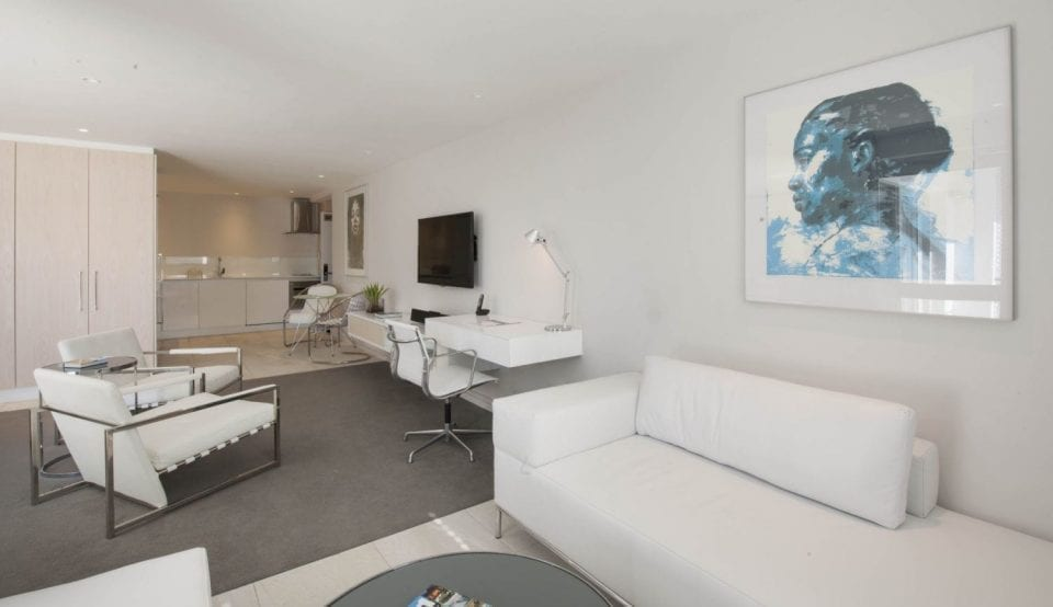 5 Classic suite 1500x865 960x554 - South Beach Apartments: A Sophisticated Staycation