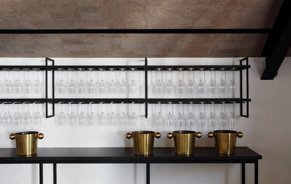 Twee Jonge Gezellen Tulbagh Tasting Deck Hospitality Hedonist 3 960x608 - A Look Inside: New Twee Jonge Gezellen Tasting Deck