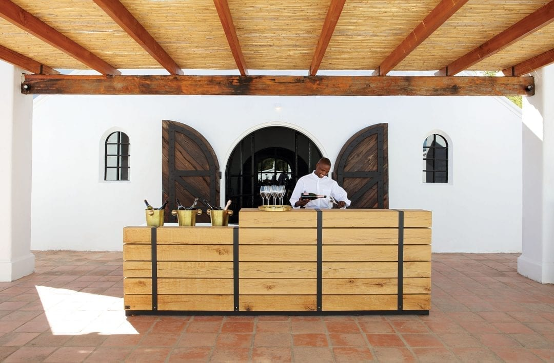 Twee Jonge Gezellen Tulbagh Tasting Deck Hospitality Hedonist 4 1080x709 - A Look Inside: New Twee Jonge Gezellen Tasting Deck
