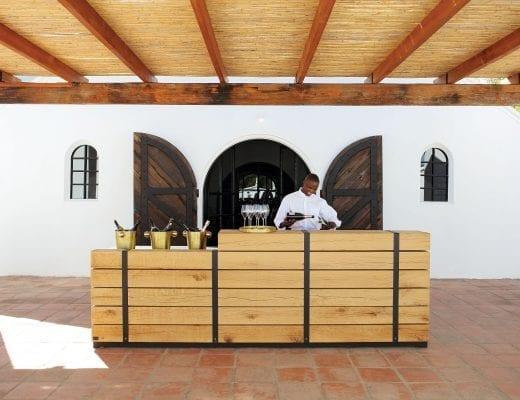 Twee Jonge Gezellen Tulbagh Tasting Deck Hospitality Hedonist 4 520x400 - A Look Inside: New Twee Jonge Gezellen Tasting Deck