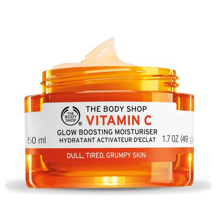 vitamin c glow boosting moisturizer l cc6f8239b330965d0f93cd12fadd7fa0 - 4 Grooming Products you'll thank 20's you for using